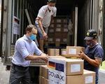 Hơn 850.000 liều vắc xin AstraZeneca Đức tặng Việt Nam tới Hà Nội