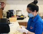 Bánh trung thu handmade gửi tặng thiếu nhi trong dịch COVID-19