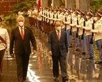 Việt Nam tặng Cuba thiết bị y tế và hàng ngàn tấn gạo