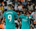 Ghi 2 bàn trong 3 phút cuối, Real Madrid lội ngược dòng ngoạn mục trước Valencia