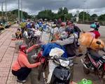 Đắk Nông đề nghị Nghệ An đón 130 công nhân cạo mủ cao su đi từ Bình Phước bị kẹt ở đây