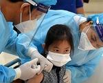 Kinh ngạc tốc độ tiêm vắc xin COVID-19 cho trẻ em ở Campuchia