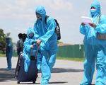 Trên 600 phụ nữ, trẻ em, người có hoàn cảnh khó khăn về Bắc Giang bằng máy bay
