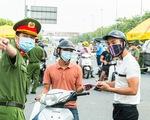 19 quận, huyện Hà Nội 'nới' giãn cách, dân ra - vào thủ đô ra sao?