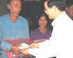 Cứu trợ đồng bào bị bão lũ ở Thanh Hóa, Quảng Trị và Quảng Bình