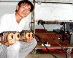 Chàng kỹ sư xây dựng và con robot 'thám hiểm' cống ngầm