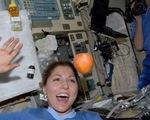 Viết blog... ngoài vũ trụ, kể chuyện... vệ sinh cá nhân
