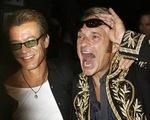 Nhóm rock huyền thoại Van Halen tái hợp sau 22 năm