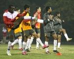 Đội tuyển Singapore tập kỹ bài không chiến