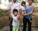 Vợ lính theo chồng ra đảo