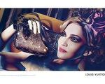 Madonna huyền ảo và lôi cuốn với túi xách Louis Vuitton