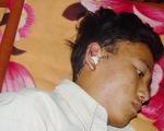Một học sinh bị chém đứt tai