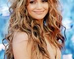 Jennifer Lopez được cộng đồng người đồng tính vinh danh