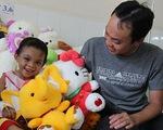 Vụ bé bị bạo hành: Nụ cười trở lại với Kim Ngân