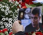 Hàng ngàn người tưởng niệm chính trị gia đối lập Nga Nemtsov