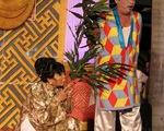 Xem hát bội ở sân khấu Sen Hồng