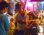 """Người Sài Gòn """"giải cứu"""" dưa hấu Quảng Ngãi"""