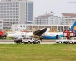 Máy bay Trung Quốc trượt đường băng, 7 người bị thương