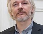 """Julian Assange và thời """"thực dân hóa kỹ thuật số"""""""