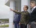 Thủ tướng Nga thăm quần đảo Kuril, Nhật phản đối