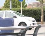 Navas chỉ dùng xe giá 8.000 bảng