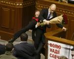 Quốc hội Ukraine ẩu đả: Dấu hiệu rạn nứt lộ diện