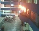 Bệnh viện bốc cháy trong đêm, hàng chục người phải di tản
