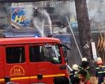 Cháy kiôt sơn xe, lửa lan sang 3 kiôt khác