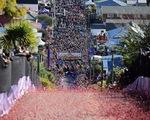 Cuộc đua kỳ thú trên con đường dốc nhất thế giới