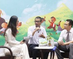 """Nguyễn Quang Thạch """"cõng sách"""": hành trình truyền cảm hứng"""
