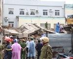 Sập công trình đang tháo dỡ, 2 người chết