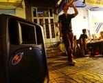 Karaoke tra tấn láng giềng, bó tay vì thiếu thiết bị đo tiếng ồn!?