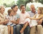 Sinh con giúp kéo dài tuổi thọ của cha mẹ, có con gái sống lâu hơn