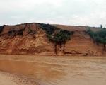 Dân lập chốt canh doanh nghiệp khai thác cát gây sạt lở