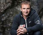 Nhà leo núi nổi tiếng Ueli Steck tử nạn gần Everest