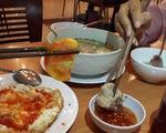 Người Việt ăn thường chấm chung chén nước mắm, coi chừng!