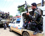 Khủng bố Philippines tấn công trường học, bắt cóc 5 con tin