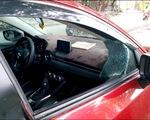 4 ô tô bị đập vỡ kính lấy trộm tài sản