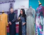 Ca sĩ Kyo York, nhà văn Minh Ngọc... tặng áo dài cho bảo tàng