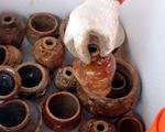 Khai quật tàu cổ chở gốm ở Khu kinh tế Dung Quất