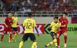 Chút băn khoăn với hàng tiền vệ tuyển Việt Nam