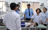 Học sinh tiểu học ở Bến Lức nhập viện hàng loạt sau giờ ăn trưa