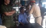 Video: Gây tai nạn rồi bỏ chạy, tài xế tự xưng thiếu tá quân đội