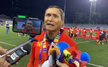 HLV Mai Đức Chung: 'Bị chuột rút và đau đớn, cầu thủ nữ VN vẫn nghiến răng đá'