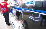 Một số nhà bán lẻ tạm ngưng kinh doanh, chờ phản hồi từ Asanzo
