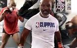 Mike Tyson tung clip 'đỉnh', chuẩn bị cho việc thượng đài
