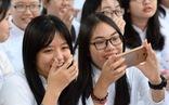 Cho học sinh dùng điện thoại trong lớp: Phù hợp với xu hướng dạy - học mới
