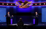 Trump - Biden: Ai chiếm ưu thế trong cuộc tranh luận 'hỗn loạn'?