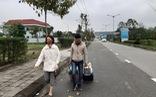 Vì sao chỉ 1 hãng taxi được đón khách ở sân bay Phú Bài?