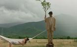 MV 'Trốn tìm' của Đen Vâu: Đời người cũng như trò chơi ngày bé